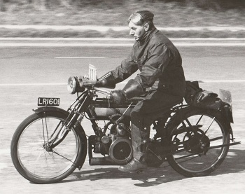 Bob Thomas at the 1958 Pioneer Run on his veteran ABC 500cc